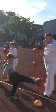 Karate auf dem WiWa Familie Bewegungstag