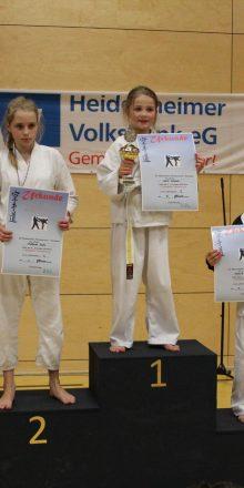 2 x Gold und Bronze in Heidenheim und Belgien